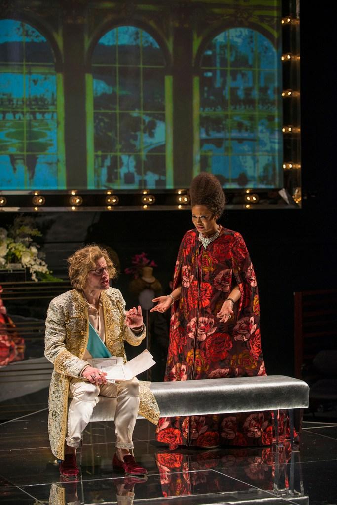 Photo Credit Steppenwolf Theatre
