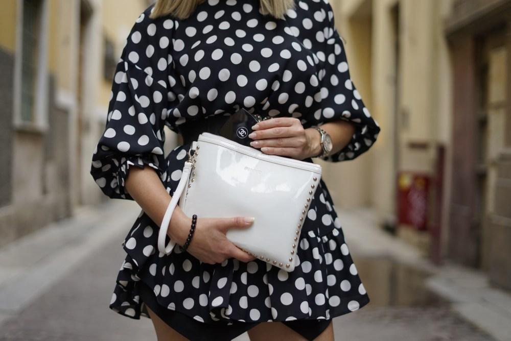 blusa a pois zara the chic jam pochette bianca Pinko Chanel