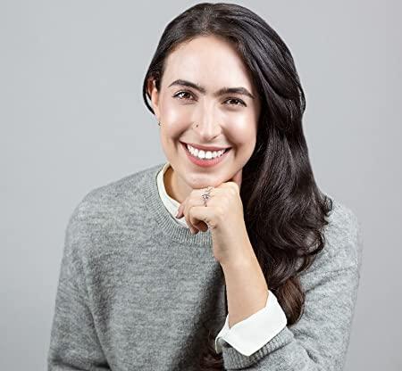 Amanda Foody Author Headshot