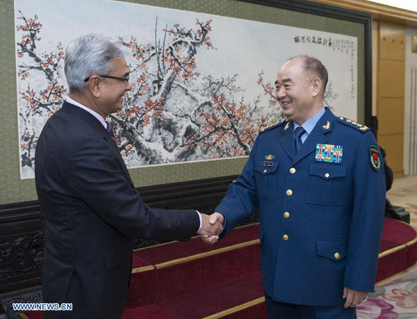 China, India agree to strengthen military ties