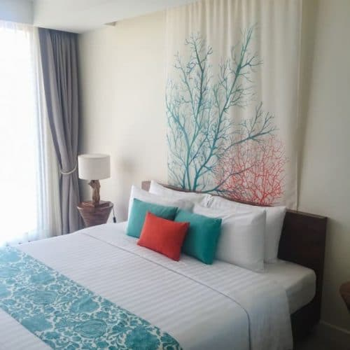How to feng shui your bedroom to attract luck and money in - Good luck colors for 2019 ...