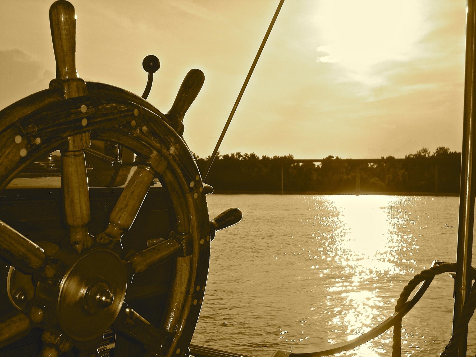 boat-2387790