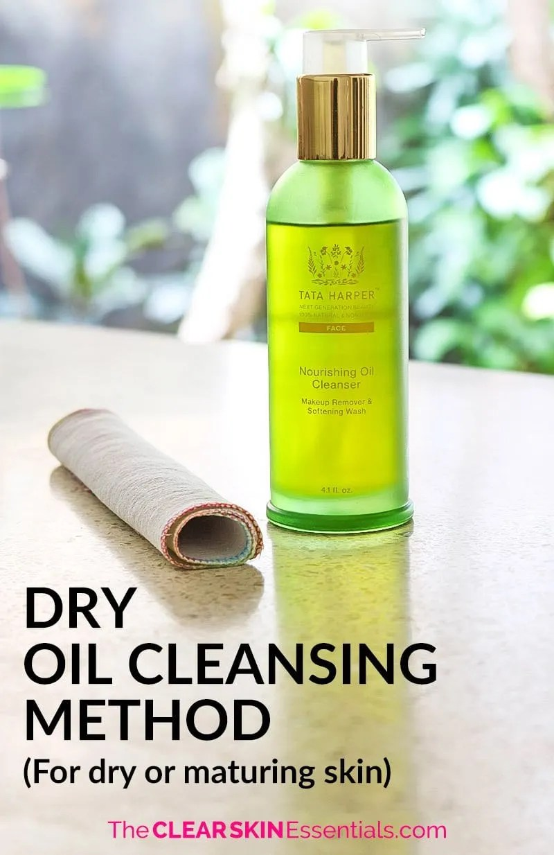 Got dry, dull, lacklustre, maturing skin that's losing elasticity? You've got to try this Dry Oil Cleansing Method to bring back the suppleness and hydration in your skin (plus it helps smooth out fine lines and wrinkles too!). Click through to find out more, and check out the video demo. | www.TheClearSkinEssentials.com