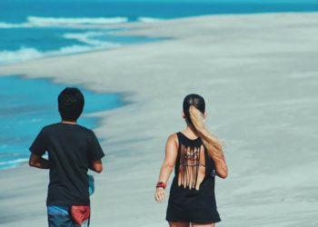7 Unusual Things Boyfriends of Travel Junkies Always Complain About