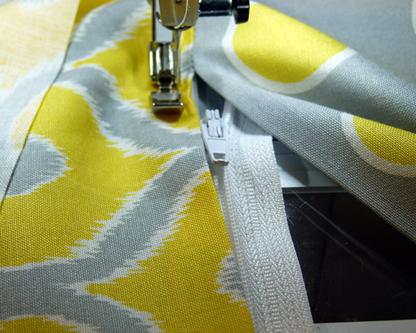 6-sew-on-zipper