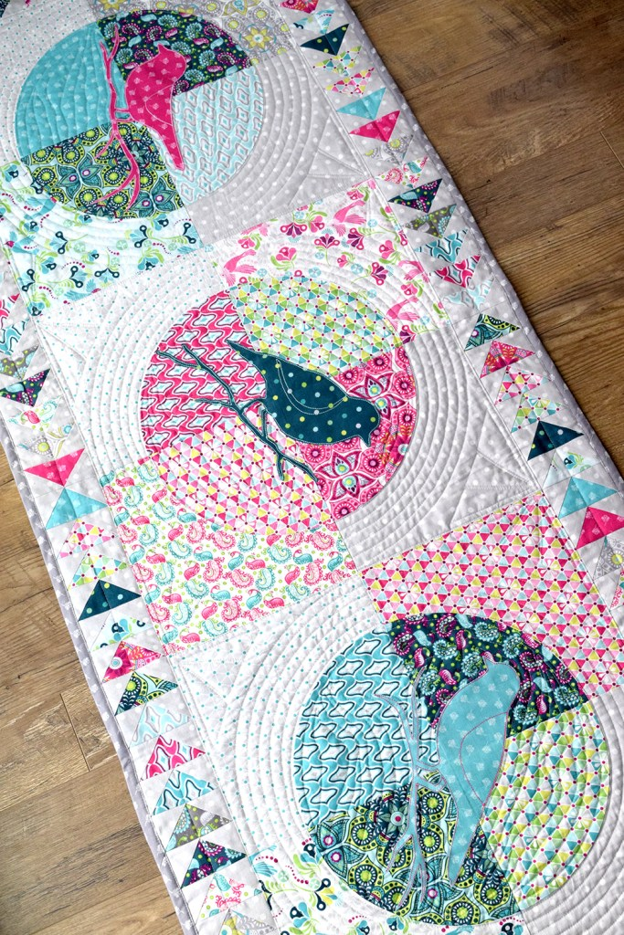 Flit And Bloom Table Runner How To Piece Curves
