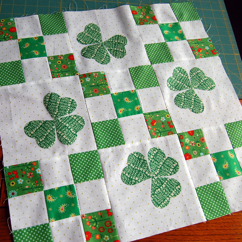 Make This: Irish Chain Quilt Tutorial