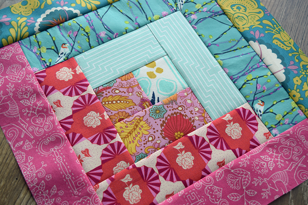 Log Cabin Quilt Block Tutorial by The Cloth Parcel