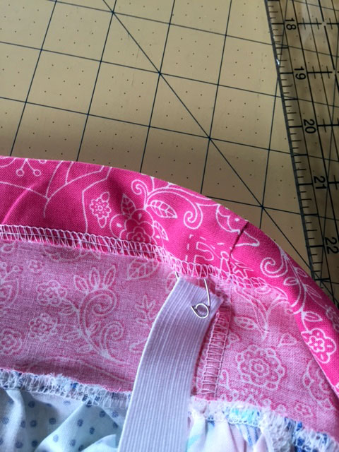 Sew-casing-and-feed-elastic