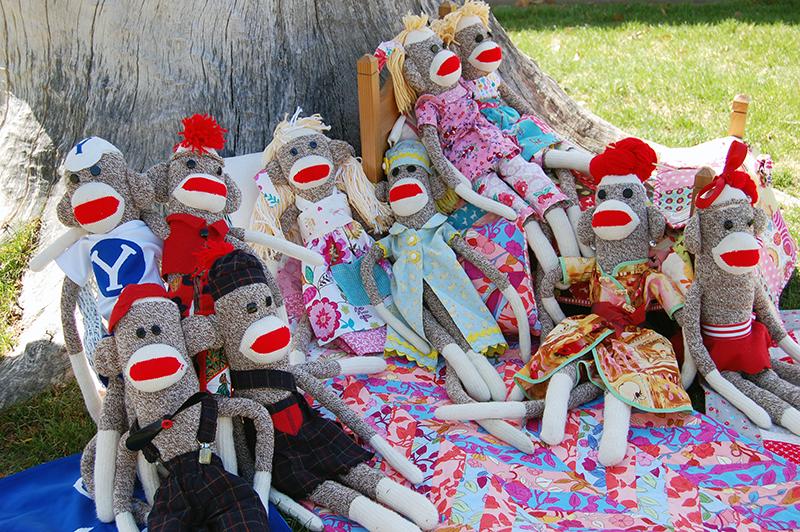 sock-monkey-family-reunion-3