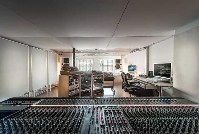 1403riverside_studios_088_press