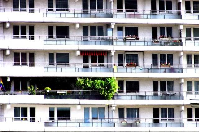 hochhaus-leipziger-strasse-berlin-balkony