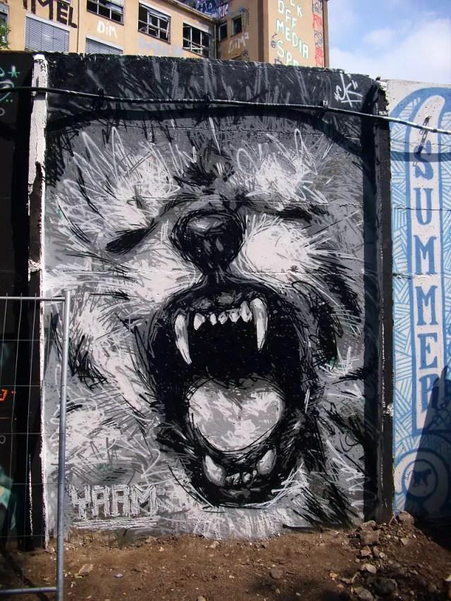 yaam-graffiti-wall-streeetart