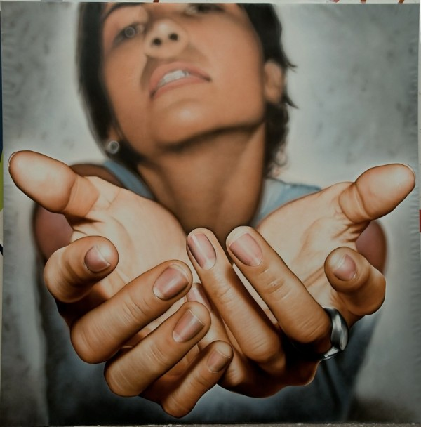 hyper-realistic-paintings-by-victor-rodriguez-8