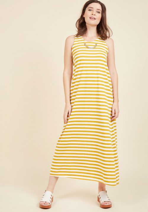what you should pack for a California road trip; striped yellow maxi dress