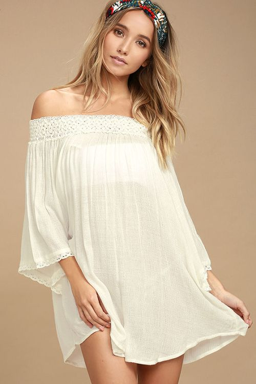 what you should pack for a California road trip; white dress cover up