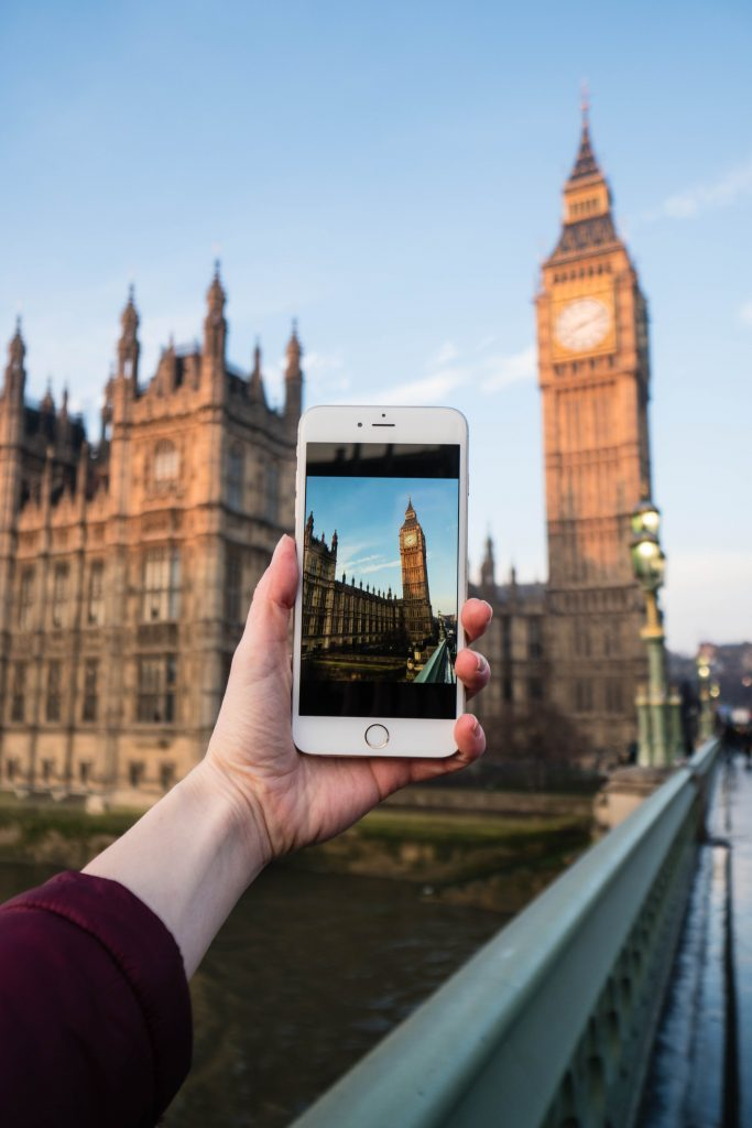 social media depression; phone picture of Big Ben in london