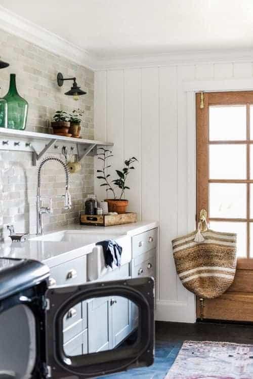 Boxwood Avenue Laundry Room Remodel