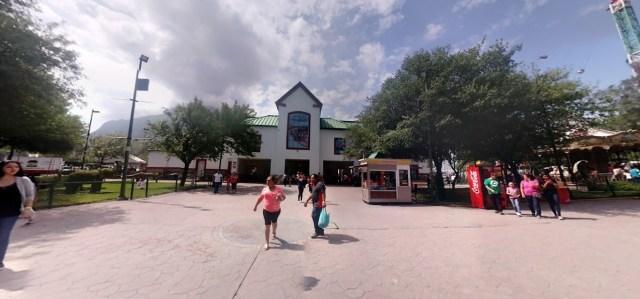 Entrada del parque 360