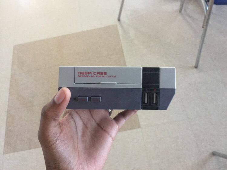 Retroflag NESPi Mini NES Raspberry Pi case