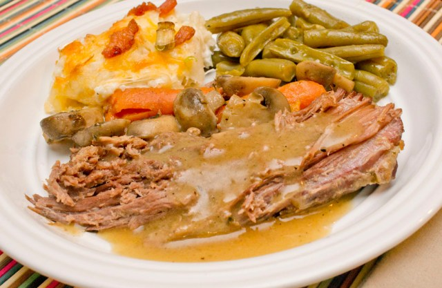 Trim Healthy Mama pot roast with gravy recipe from thecoersfamily.com