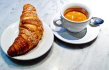 Who doesn't want a perfectly made espresso for breakfast? Beautiful, aromatic, refreshing. Yum!