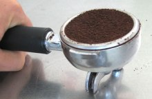 16 grams of espresso grounds produce a great finish and taste