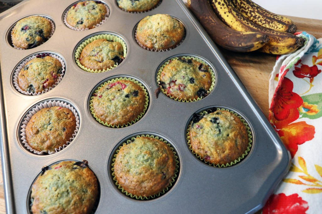 cooked-banana-muffins-in-pan