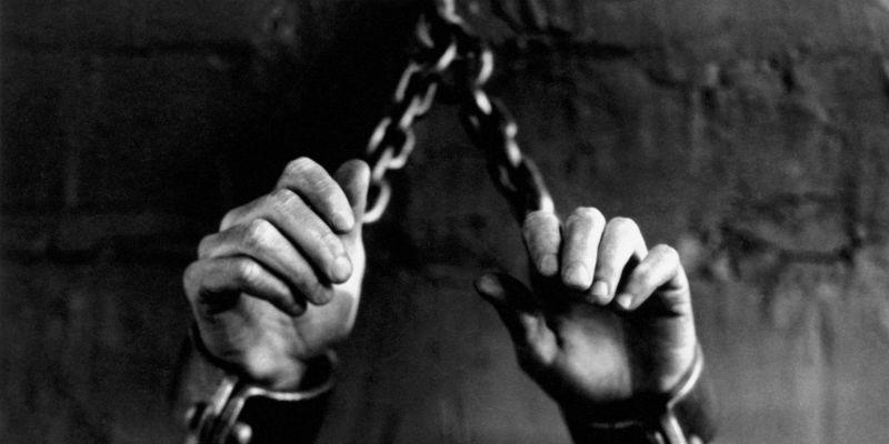 slavery-chains-1