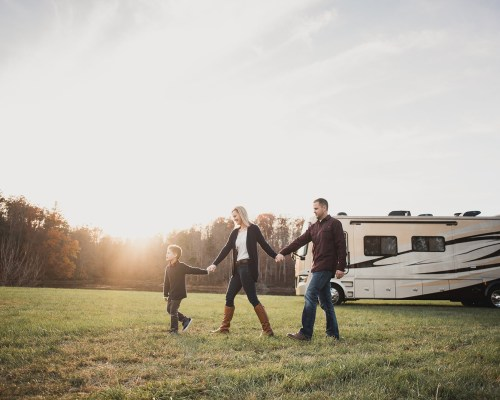 4 Tips to Pack Your RV for Full Time Living
