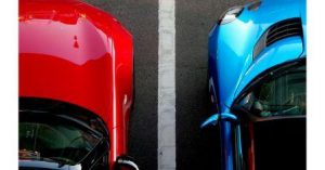 One red one blue car