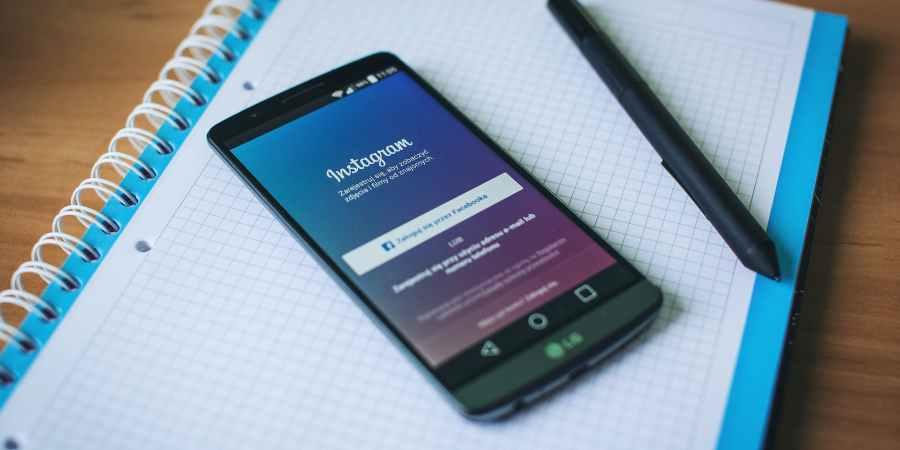 lg smartphone instagram social media