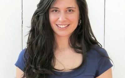 035: Crowdfunding a Yoga Teacher Training with Maxine Iharosy