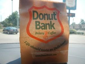 Donut Bank bag Indiana