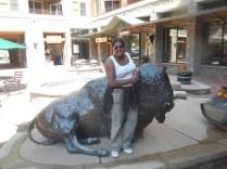 Buffalo Statue Keystone