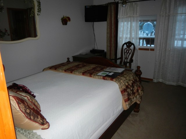 Suite at the Mooseberry Inn