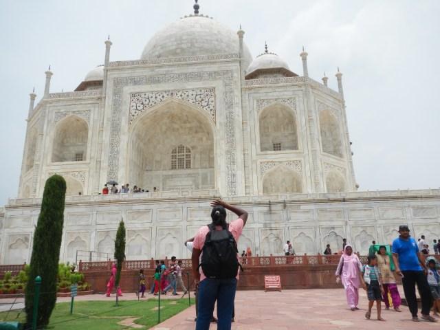 Lauren & Lenore at the Taj Mahal