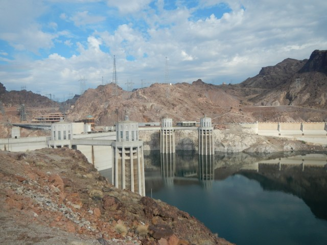 Seeing the Hoover Dam