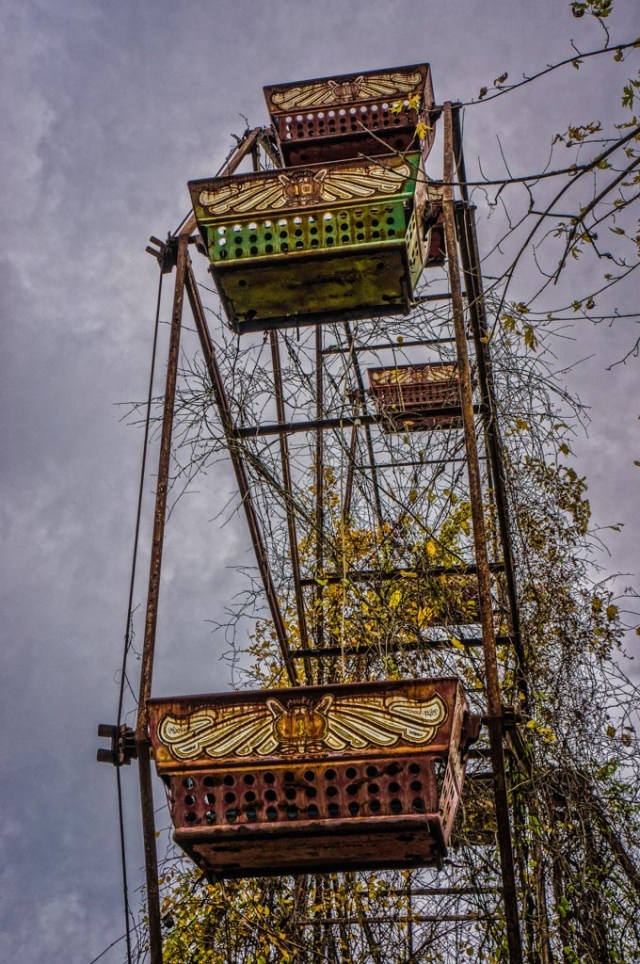 Skinny Ferris Wheel