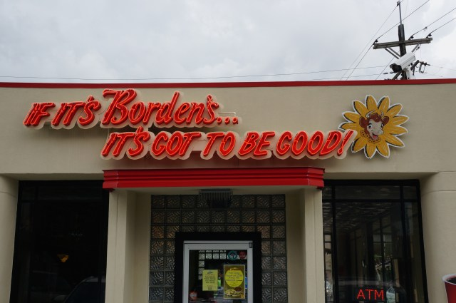 Borden's Ice Cream Store