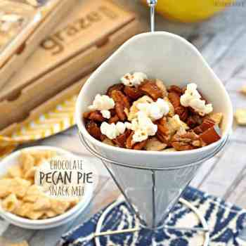 Healthy Chocolate Pecan Pie Snack Mix! Yummy easy and healthy! - The Cookie Rookie