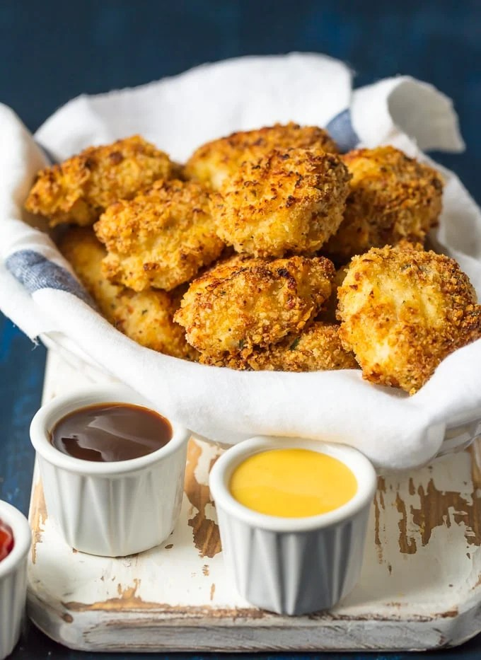 parmesan crusted chicken nuggets with dipping sauces
