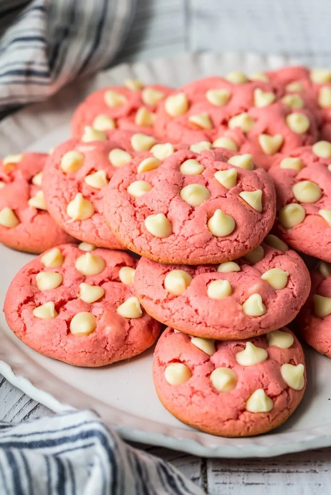 side shot of white chocolate strawberry cookies