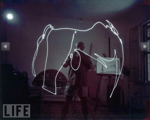 picasso-light-graffiti_3