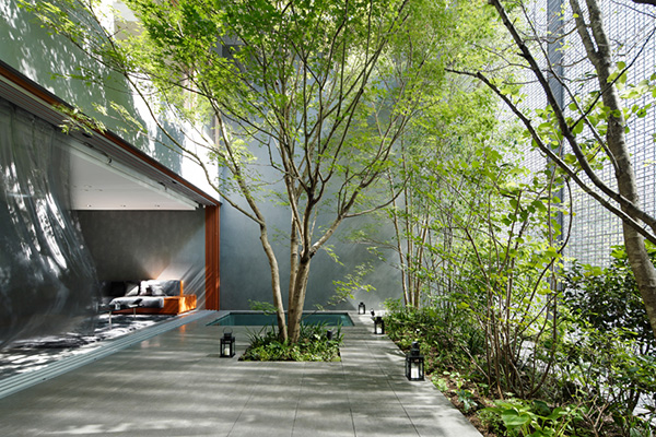 Optical Glass House by Nakamura and NAP 4