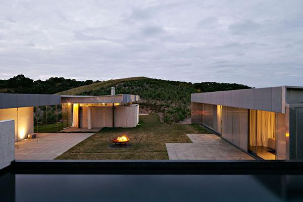 Waiheke Island Retreat - Fearon Hay Architects 11