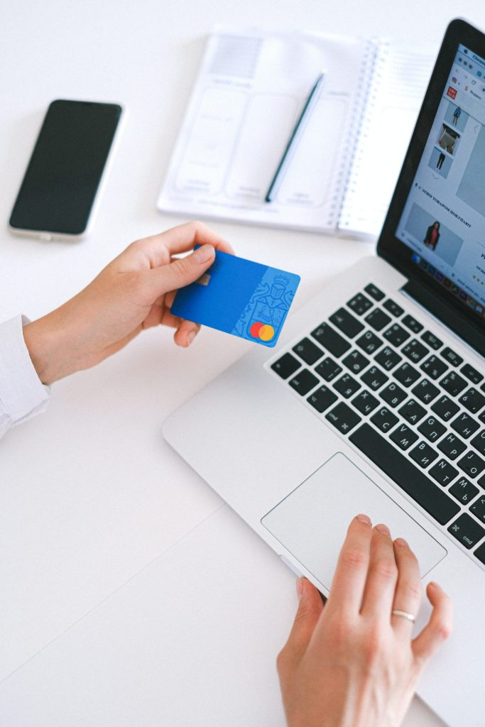 credit card online shopping for dominate your holiday finances