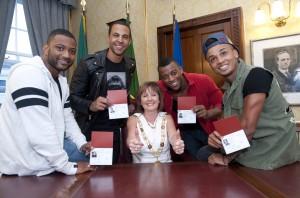 Cork Passports given to Boyband