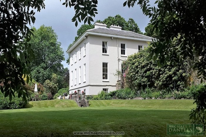 FOR SALE: A Georgian Country House for €975,000- Lissardagh House, Lissarda, Co Cork
