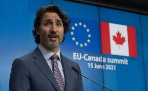 Trudeau, Canadian delegation check in to COVID-19 hotel after overseas G7 trip